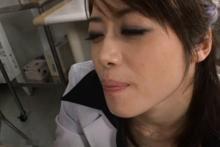 Maki Houjo lovely Japanese milf is an amazing teacher