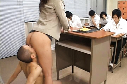 Rei Kitajima Lovely Asian teacher enjoys her horny students