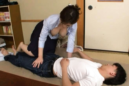Mirei Kayama Lovely Japanese babe is sexy and horny