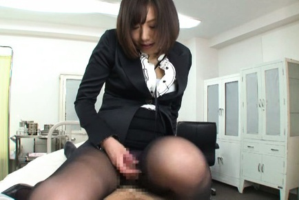 Alluring Asian milf Kanari Tsubaki in stockings teases cock